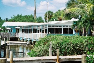 The casey key fish house restaurant is casual waterfront for Sarasota fish restaurants