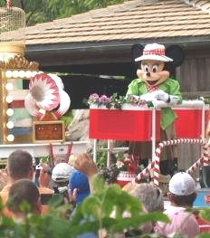 Mickey's jammin jungle parade at Disneys Animal Kingdom Orlando