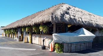 Walts Fish Markets Chickee Hut