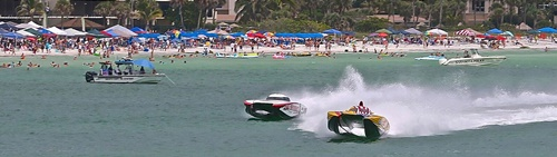 Sarasota Offshore racing at Lido Beach