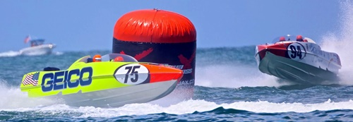 Powerboat offshore racing off Sarasota, Florida