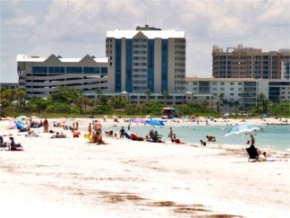 Looking southward on North Lido Beach