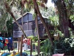 The Linger Lodge Restaurant and Bar in Bradenton Florida