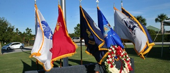 Sarasota vets Day Service Flags