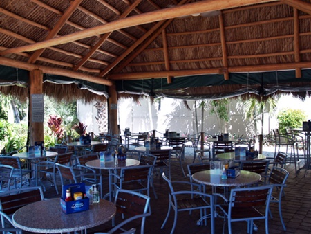 Turtle Beach Grill open air dining on Siesta Key