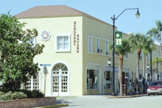 Downtown shops in Venice Florida