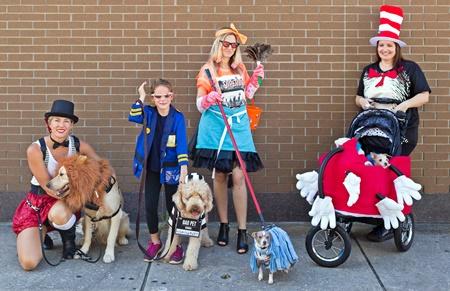 Bradenton farmers Market Pet Costume Parade