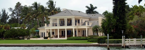 Sarasota-real-estate-home-on-Sarasota-Bay