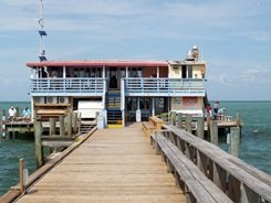 rod and reel pier restaurant Anna maria island Florida