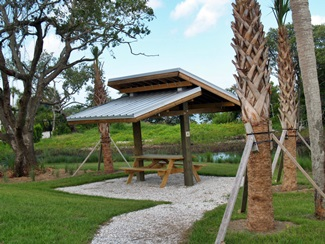 Blackburn Point Park has sheltered picnic tables
