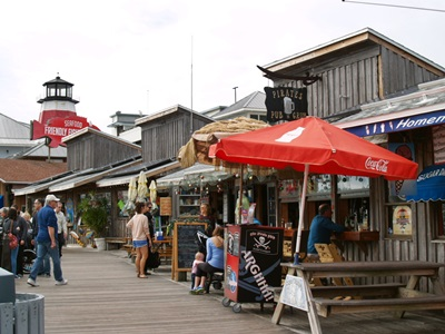 Johns pass boardwalk shops and restaurants