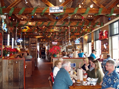 One of Bubba Gumps dining rooms