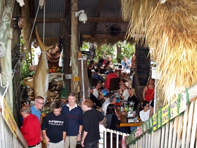 Dining and live music at Johns Pass
