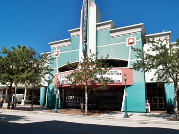 The Sarasota Hollywood 11 Theaters