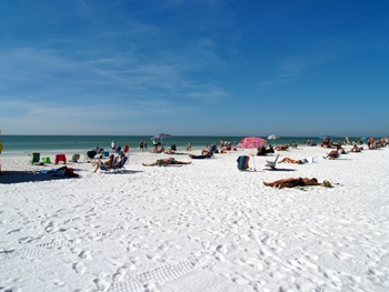 Siesta Key Beach's white sand and wide strand