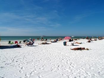 Siesta Key Beach's white sand and wide strand