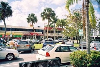 Shopping at St Armands Circle near Sarasota